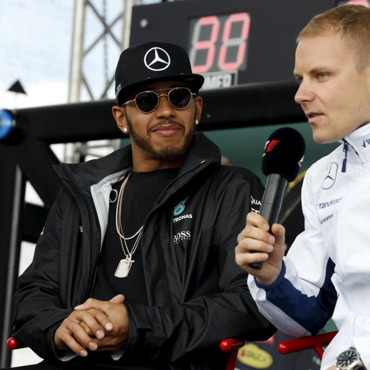 Lewis Hamilton en Valtteri Bottas. © Reuters