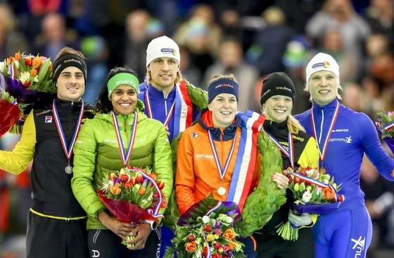 De winnaars van het NK sprint en allround. © ANP