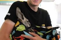 """""""Ik ben helemaal geen moeilijke jongen"""", zegt Robert Gesink, die ook een dierenvriend blijkt. © DE TELEGRAAF"""